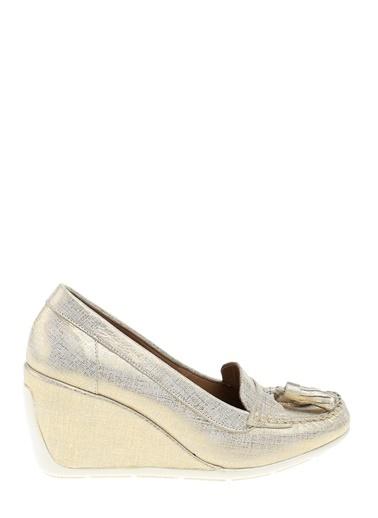 Divarese Dolgu Topuk Loafer Ayakkabı Altın